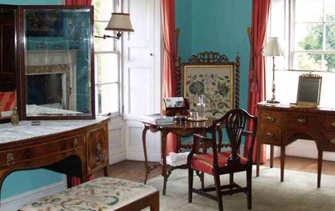 front drawing room in manderston stately home